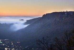 Lichtenstein im Nebel.