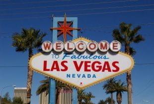 Das berühmte Ortsschild von Las Vegas.