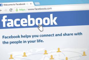 Startseite von Facebook im Browser.